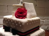 Engagement ring cake montreal