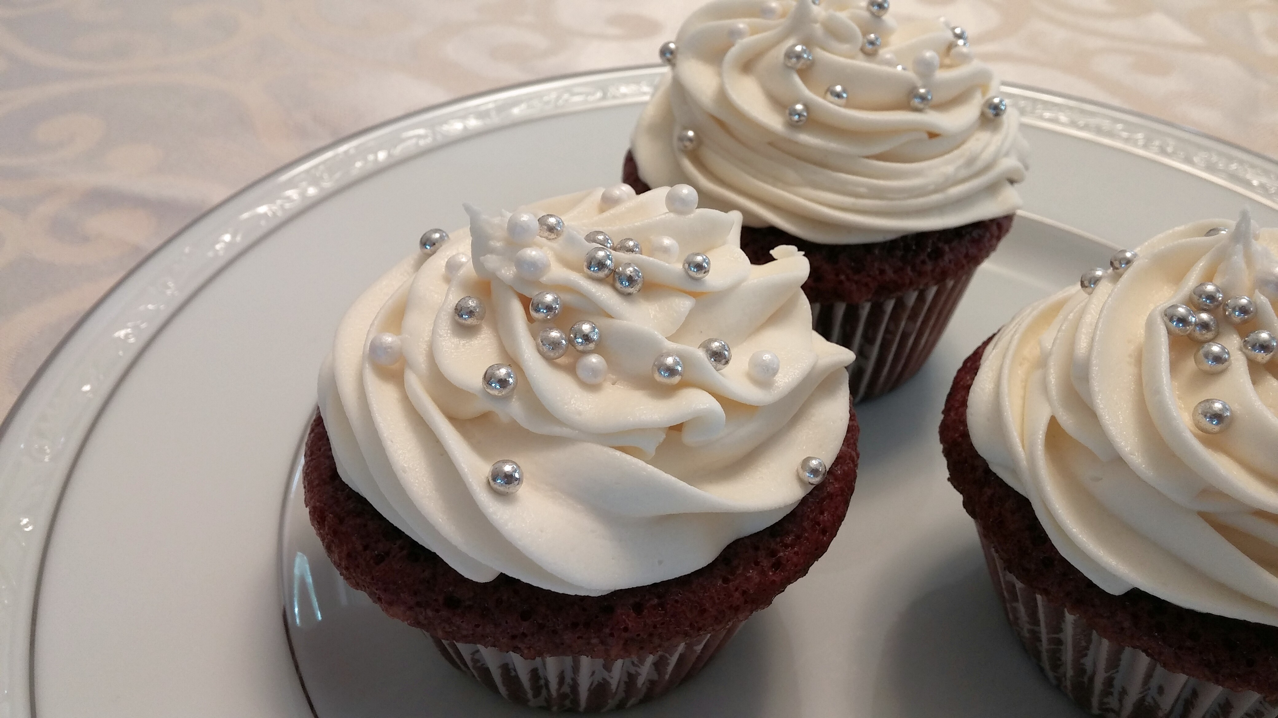 Cupcake with bling