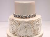 ruffle wedding cake montreal