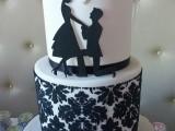 demask engagement cake montreal