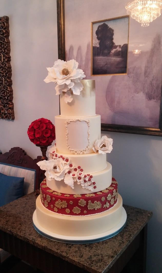 6 tier wedding cake