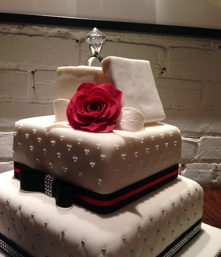 Engagement Ring Cake Montreal
