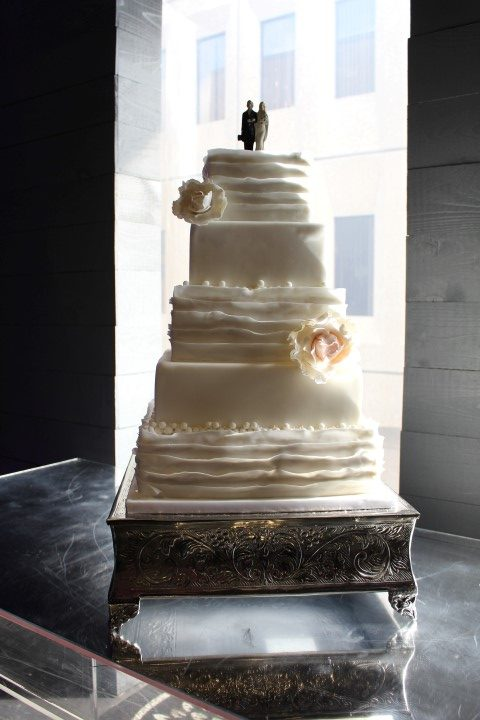 wedding cakes montreal ruffle 5 tier wedding cake plaza antique montreal my 25049