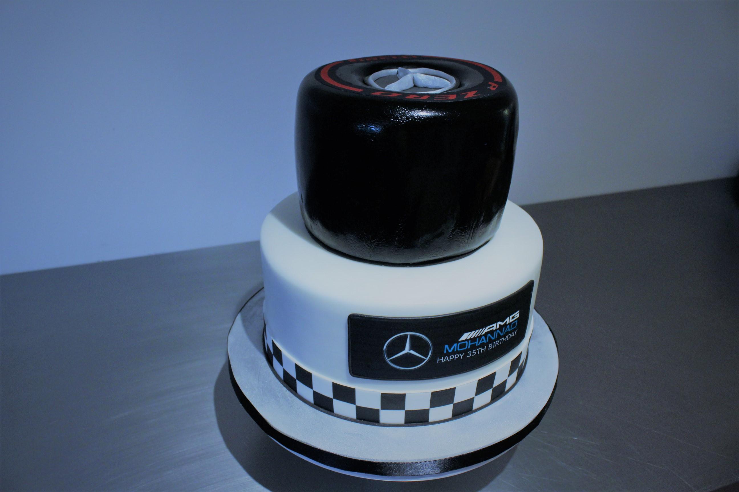 Mercedes F1 Birthday Cake Gâteau De Ville